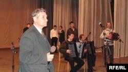 Миңгол Галиев һәм шәкертләре