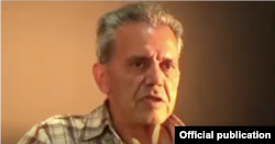 Džamšid Šarmad, prema njegovom sinu, pati od naprednog stadija Parkinsonove bolesti koja zahtijeva pravovremene lijekove.