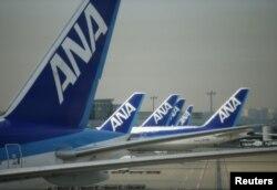 هواپیماهای آلنیپون در فرودگاه هاندا توکیو
