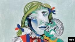 Пабло Писассо «Майя и кукла». 1938. Картина была похищена из дома художника, но ее удалось вернуть
