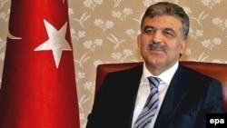 عبدالله گل، رييس جمهوری ترکيه، به ارمنستان سفر کرد.