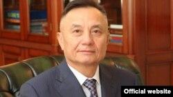 Қазақстан кәсіподақтары федерациясының төрағасы Әбілғазы Құсайынов.