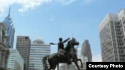 Во время забастовки по Филадельфии впору ездить верхом.
