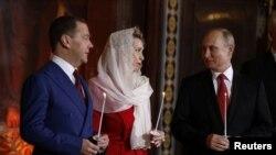 Владимир Путин во время пасхального богослужения