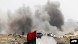 نمایی از درگیری ها در نزدیکی شهر نفتی برقع