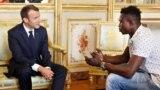 Нелегальный мигрант из Мали спас в Париже ребенка и получил французское гражданство