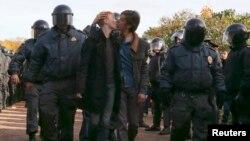 Акцыя за правы геяў.Санкт-Пецярбург, кастрычнік 2013