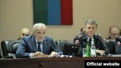 Министр внутренних дел Дагестана Абдурашид Магомедов (слева) на коллегии ведомства/ Архивное фото