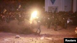 Демонстранттар мен милицияның қақтығысы. Киев, 19 қаңтар 2014 жыл.