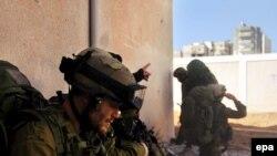 چتربازان اسرائیلی در نوار غزه (عکس از epa)