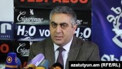 Пресс-секретарь Минобороны Армении Арцрун Ованнисян (архив)