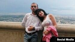 Jurnalist Rasim Əliyev və Gülər Abbasova