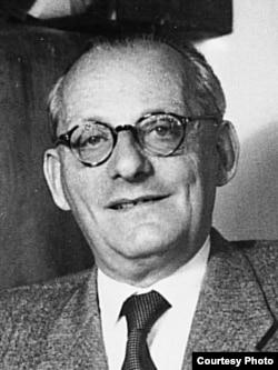 Franz Kafkanın yaxın dostu Max Brod 1960-cı illərdə Tel-Əvivdə.