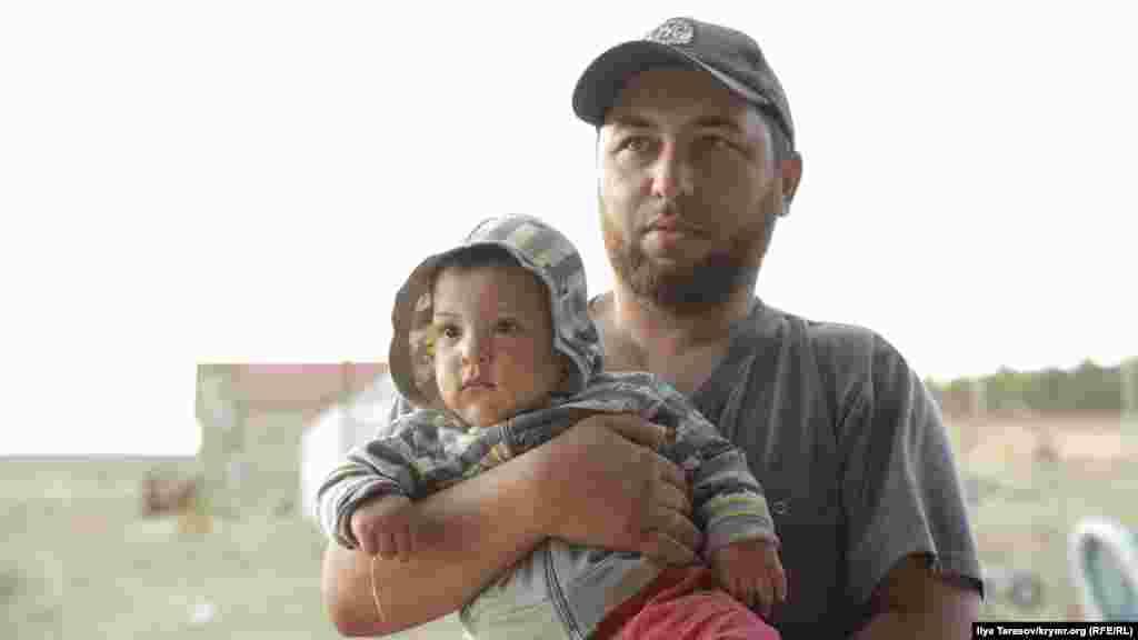 Osman Arifmemetov oğlunen