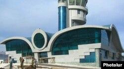 Новый терминал в аэропорту Ханкенди
