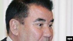 Türkmenistanyň öňki prezidenti S.Nyýazow.