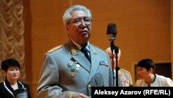 Әділет генерал-майоры Рүстем Қайдаров. Алматы, 10 мамыр 2015 жыл.
