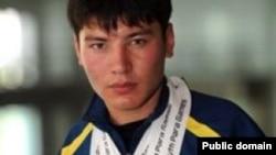 Сиязбек Далиев, чемпион Казахстана по плаванию среди юношей.