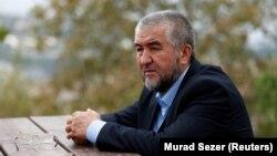 Узбекский писатель Нурилло Отаханов.