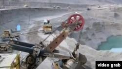 На реке Вахш строится плотина Рогунской ГЭС. Таджикистан, 13 октября 2011 года.