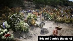 Groblje u predgrađu Meksiko Sitija