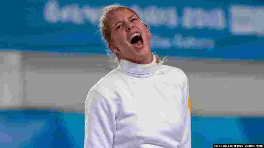 Катерина Чорній. Перше«золото» у фехтуванні за три юнацькі Олімпіади і перша нагорода вищого гатунку«синьо-жовтих» у Буенос-Айресі