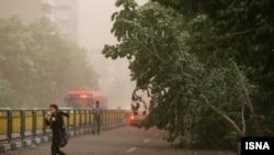 عکس توفان روز دوشنبه در تهران