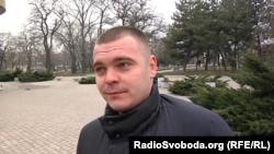 Мужчина не верит, что выборы президента Украины что-то изменят в оккупированных городах