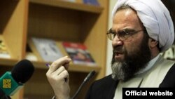 محسن غرویان، روحانی اصولگرا