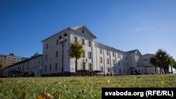 Гэта самы стары ўнівэрсытэцкі кампус Беларусі, дзе з 2007 года месьціцца Полацкі дзяржаўны ўнівэрсытэт