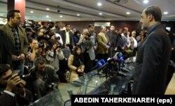 در گفتوگو با خبرنگاران در زمان نامزدی در انتخابات ریاست جمهوری سال ۹۲