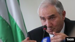 Спикер абхазского парламента Валерий Бганба