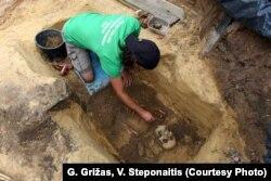 Археолягі за працай
