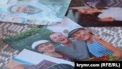 Фото із сімейного архіву Богдана Небилиці – так відзначали його вступ до Академії військово-морських сил імені Павла Нахімова