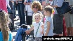 Сярод гледачоў — паралімпійская чэмпіёнка Людміла Ваўчок