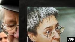По мнению Рашида Читаева, его брат Адам избежал повторного заключения благодаря статьям Анны Политковской