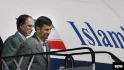 محمود احمدی نژاد ، عصر روز دوشنبه دوم ژوئن با يک هواپيمای خصوصی به فرودگاه نظامی چامپينو در حومه رم وارد خواهد شد. (عکس از EPA)