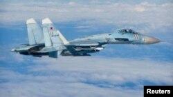 Россиянинг СУ-27 русумидаги самолёти катта тезликда АҚШ учқичига орқадан яқинлашган ва яна икки марта хавфли вазият яратган.