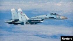 Орусиялык Су-27 истребители Балтика өлкөрүнүн аба мейкиндигинде жүргөнү байкалган. 27-июнь, 2014