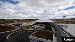Չինաստան - Սիչուան նահանգում կառուցված օդանավակայանը, սեպտեմբեր, 2013թ․