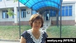 Толганай Кабдыгалиева, преподаватель колледжа, пришедшая на процесс по иску Айман Сагидуллаевой. Алматинская область, 5 сентября 2016 года.