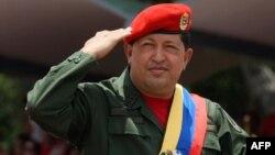 Վենեսուելայի նախագահ Ուգո Չավեսը զորահանդեսի ժամանակ, արխիվ