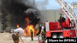 Пожар на нефтебазе компании «Мунай-БК» под городом Шымкентом. 4 августа 2016 года.