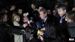Архивска фотографија - Изјава на еврокомесарот Јоханес Хан за време на разговорите во Пржино