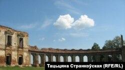 Палац Сапегаў, Ружаны. 2013 год. Фота Тацяны Странкоўскай