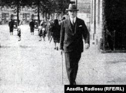 M.Ə.Rəsulzadə Parisdə - 1930-cu illər