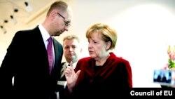 Арсеній Яценюк і Ангела Меркель