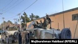 ارشیف، بلخ کې افغان امنیتي ځواکونه، عکس تئزیني بڼه لري