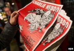 """Официальное расследование убийства Бориса Немцова, похоже, будет отталкиваться от версии мести за его сочувственные высказывания в адрес убитых журналистов """"Шарли Эбдо"""""""