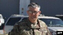 ژنرال استفن تونسند، فرمانده عملیات مشترک علیه «حکومت اسلامی»، هشتم فروردین ماه در کنفرانس خبریِ وزارت دفاع ایالات متحده شرکت کرده